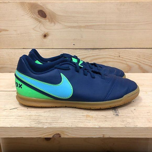 Nike Tiempox Sneakers Youth Size 5.5