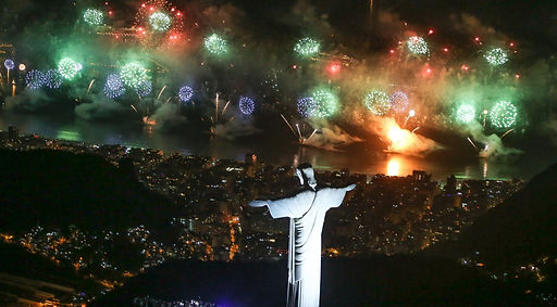 Rio-New-Years-Eve-Copacabana-1392x770.jp