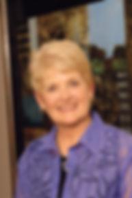 Carolyn Curry Headshot 9-06.jpg