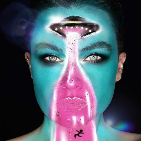 Halloween-Makeup-Look---EcoGlitterFun-HayelyCourt3.jpg