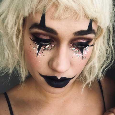 DorottyaK-1-ecoglitterfun-halloween-make-up-look.jpg