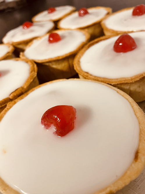 Box of 6 Bakewell Pies