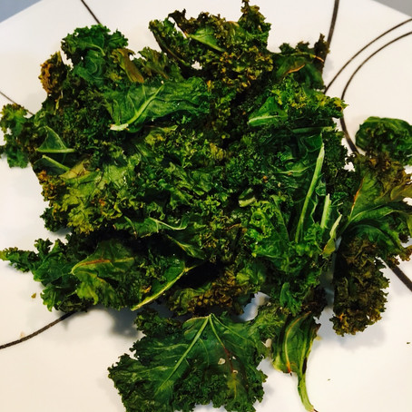 Super Easy Homemade Kale Chips Recipe