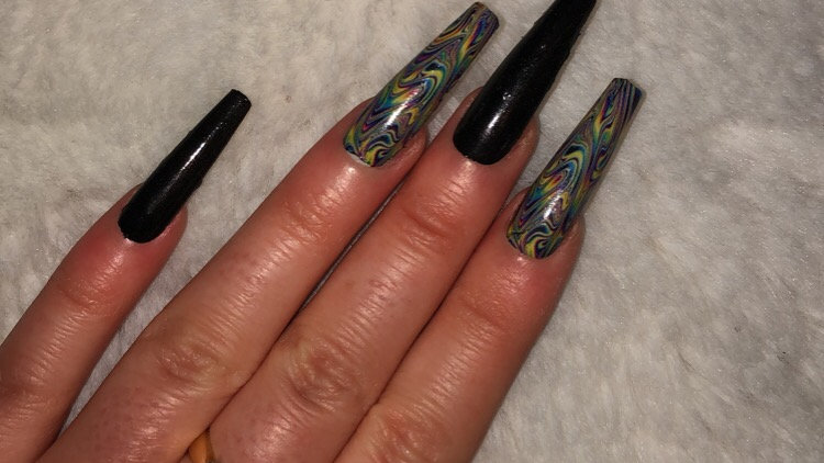 Trippy/oil spill nails