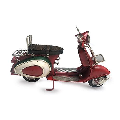 Scooter Vintage in latta tipo Vespa