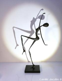 personnage papier patine bronze yoga