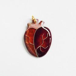 心臓のペンダントトップ