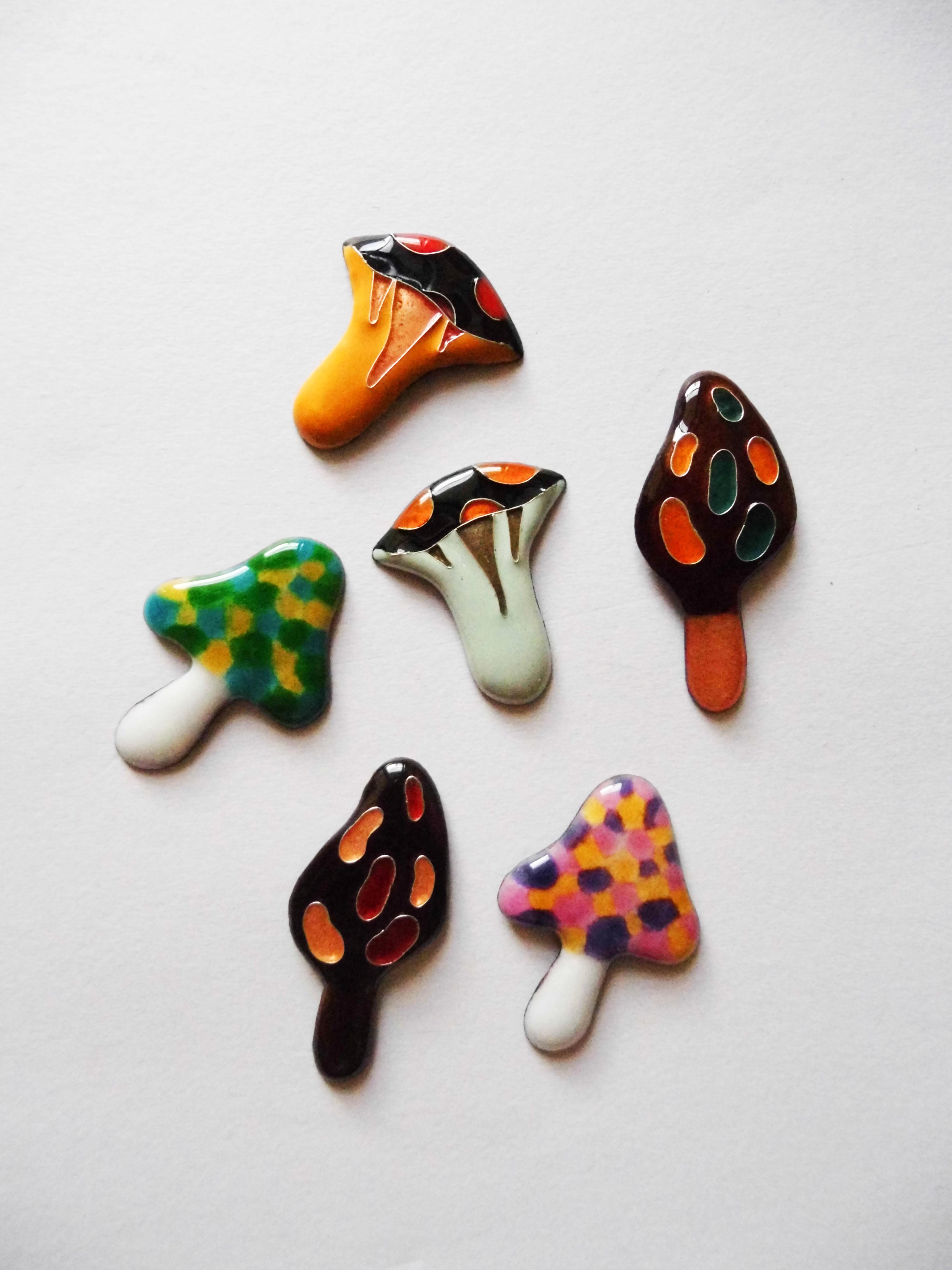 Mushroom brooch pins
