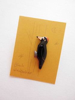 Woodpecker brooch pin