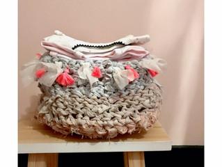Recyclage : réaliser un panier issu de votre garde robe.