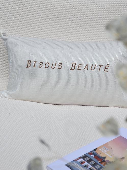 """Coussin """"Bisous Beauté"""""""