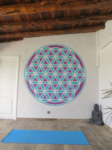 Flower of life. Spray paint. 3x3 meters. Ibiza 2020