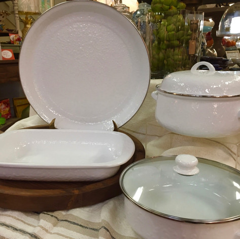 White Enamelware Serving Pieces Round Tray, Rectangular Baker, Dutch Oven, Covered Sauté Pan, Lasagna Pan