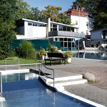 Babypool unseres Sommerbads. (nur während der Sommersaison geöffnet und beheizt). Foto: Peter Lorenz