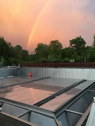 Regenbogen spiegelt sich im Glanz ;-)