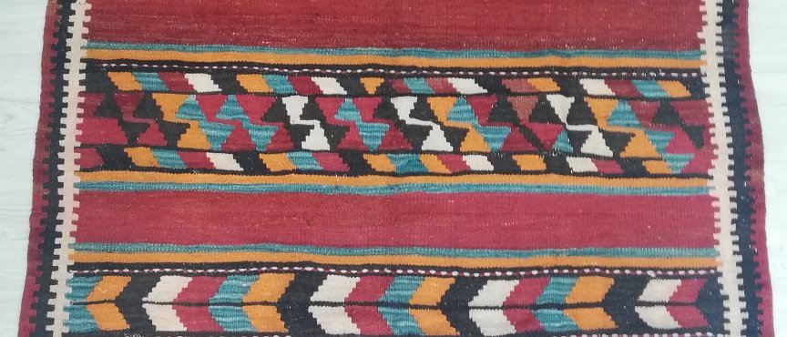 KILIM PERSA  ANTIGUO HARSIN