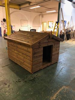 5x4 Dog kennel 1
