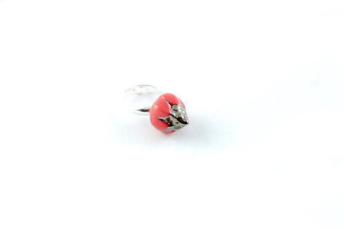 Queens Silver, red and platinum ring