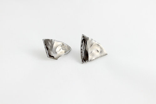 "Platinum earrings N°7- ""Broken collection"""