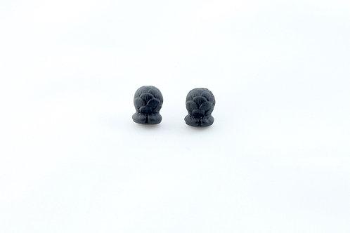 Queens Gold, black Bud earrings
