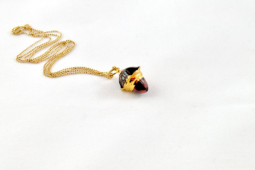 Queens Gold, marble gold pendant