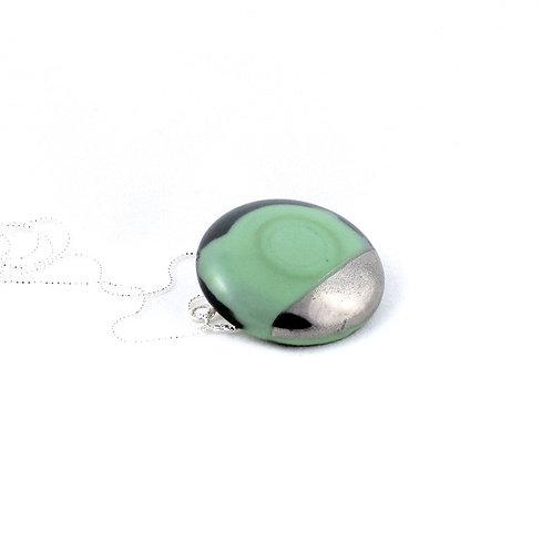 La Traviata pendant with brooch green and platinum