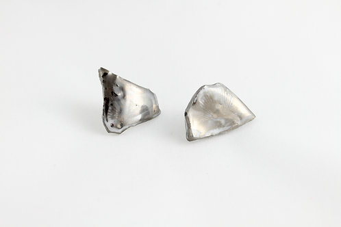 "Platinum earrings N°8- ""Broken collection"""