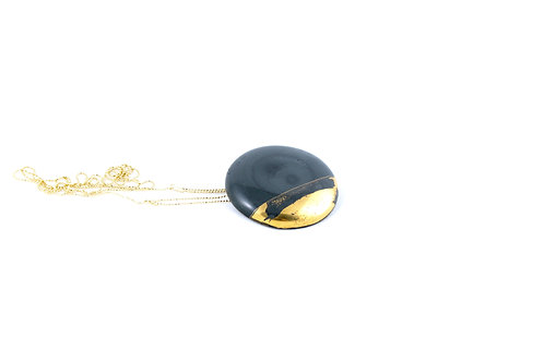 La Traviata Pendant with brooch dark green and gold gold