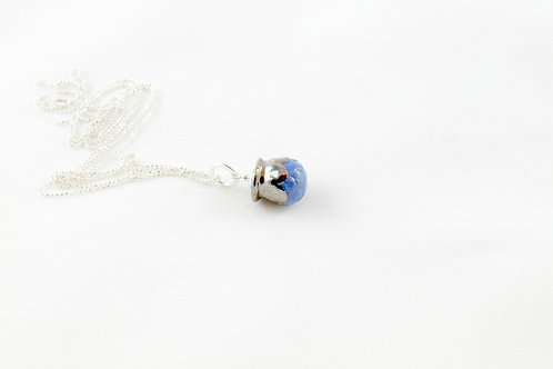 """Queens silver"", blue and platinum Bud pendant"