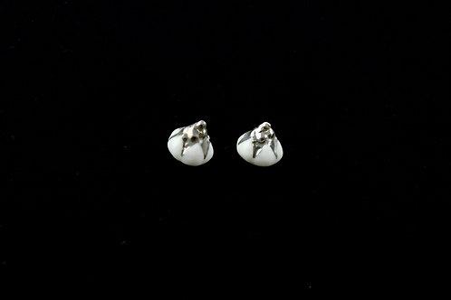 Queens Silver, white silver earrings