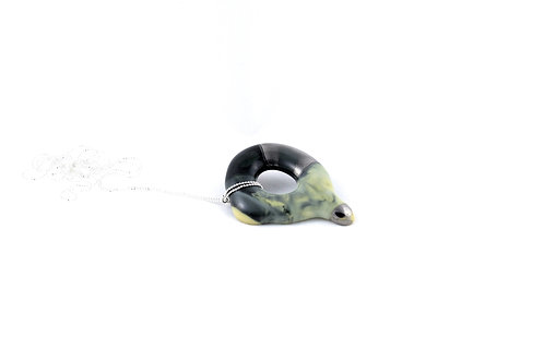 La Traviata Pendant yellow, dark green and silver