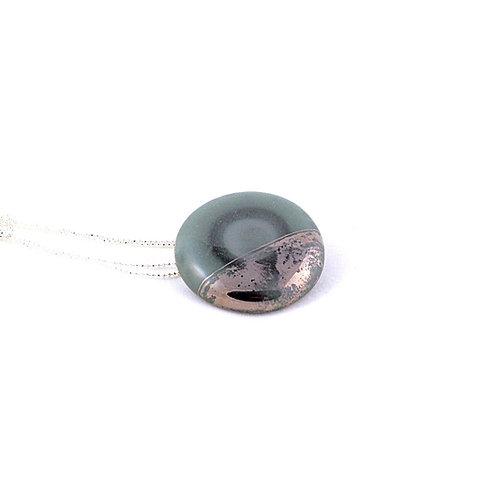 La Traviata pendant with brooch dark green and platinum