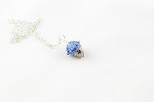 """Queens silver"", blue and platinum pendant"