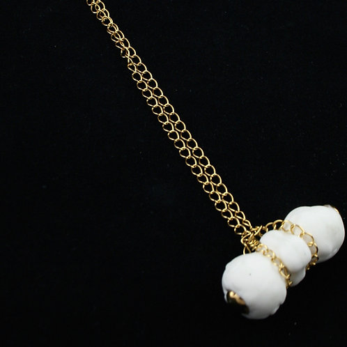 "Sucker"" pendant white gold"