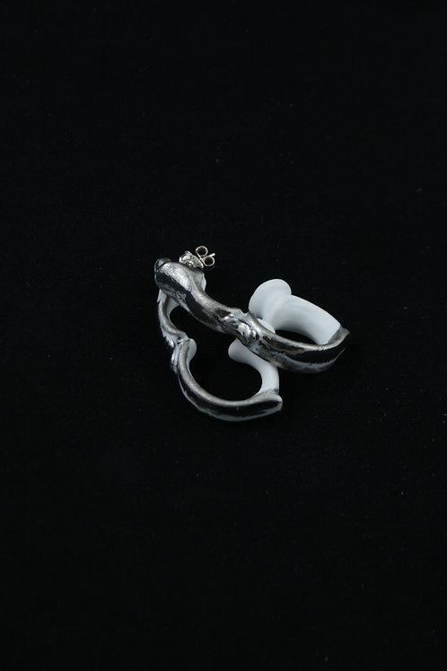 Handle silver stud earrings