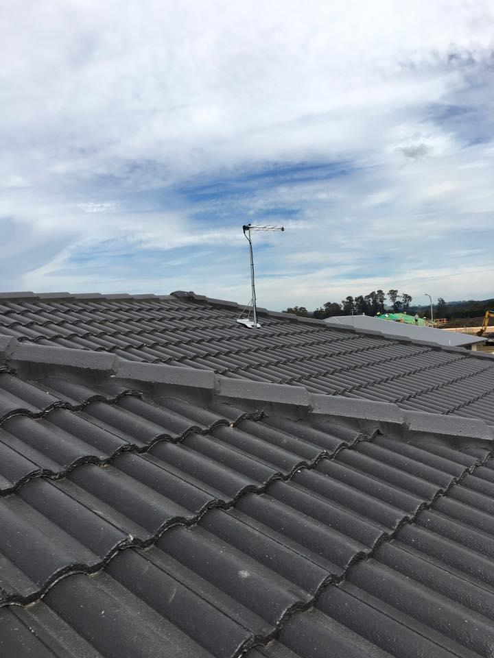 Tile Roof Mount & Fraccaro Antenna