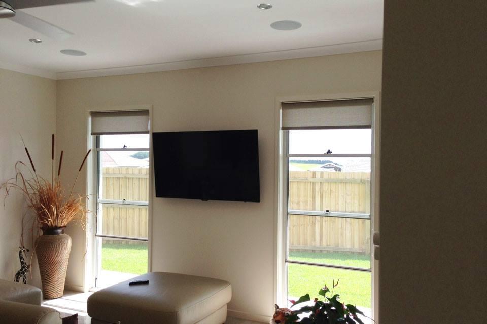 Mounted TV & in-ceiling speakers