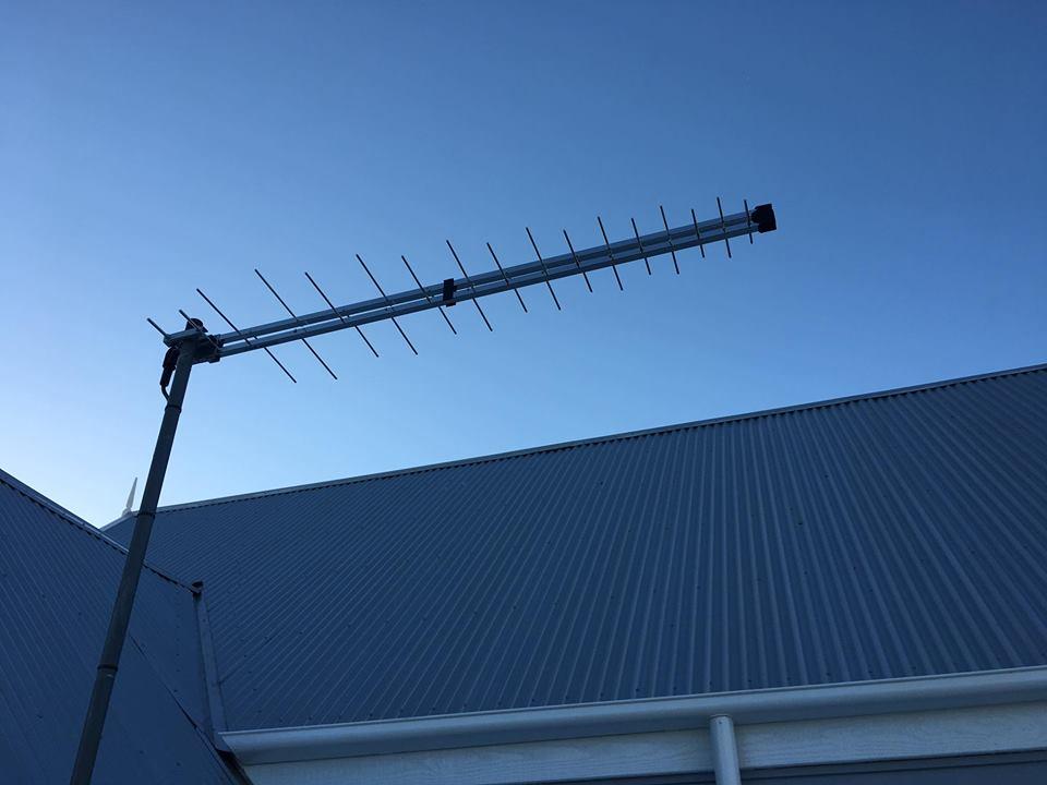 Iron Roof Mount & Fraccaro Antenna