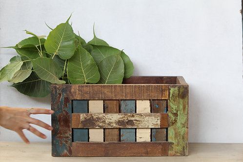 Handicraft Wooden Rustic Box For Plant Decoration   Wooden Plant Container   K83