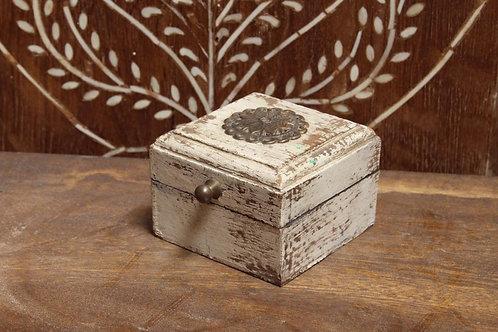 Kotsa Vintage Rustic Home Decor Box | Wooden Living Room Carving Gift Box K03