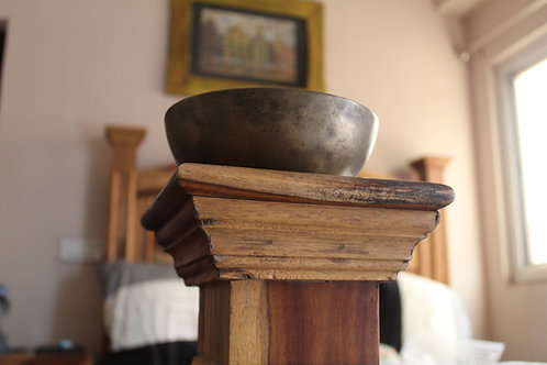 Kotsa Manipuri Bowl | D 550 HHZ | Chakra Healing Singing Bowl | KSB08