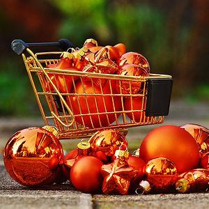 christmas-shopping-1088248_1920.jpg
