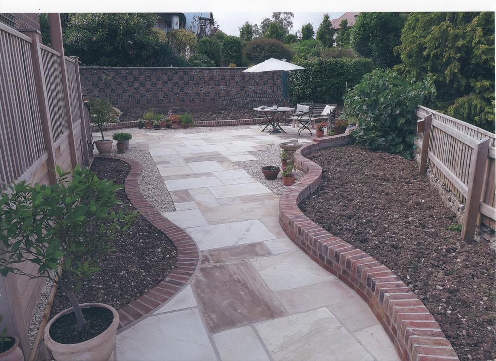07 southeast facing garden newly constructed 2014