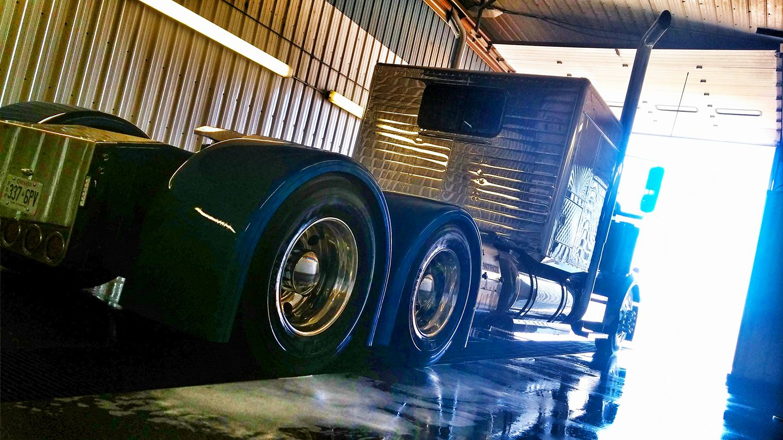 Valley Custom Trucks