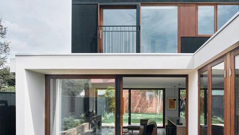 Clifton Hill House - Lift & Slide