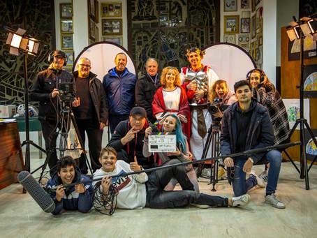 Siamo nel cast artistico e nel cast tecnico del film PASSIONE