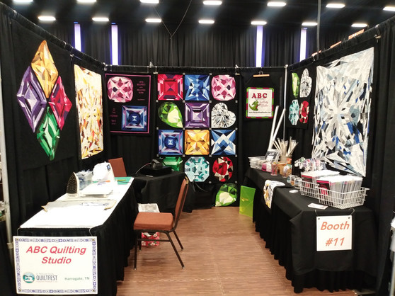 Mountain Quilt Fest Booth.jpg
