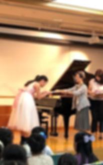 くじ引きコンサート表彰.jpg