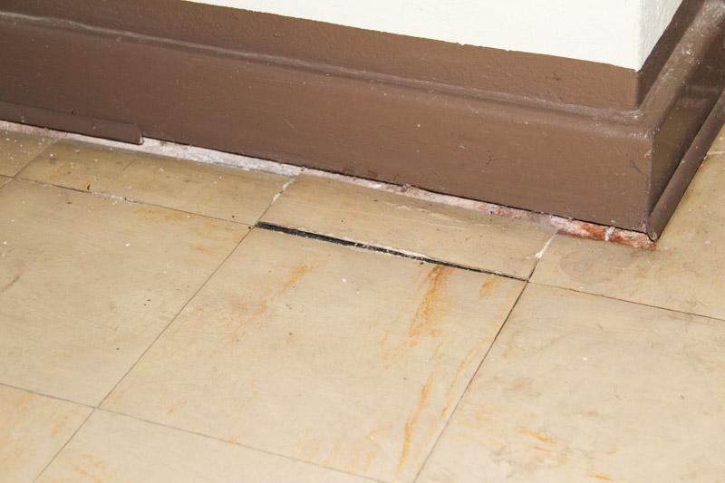 Mero Fußbodenplatten ~ Asbest bodenplatten kleber » asbest bodenbelag entfernen kosten