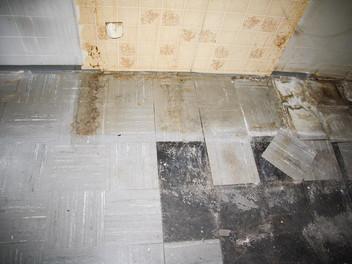 Floor-Flex-Platten entfernen und entsorgen